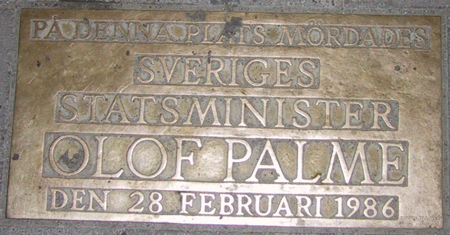 Olof Palmes minnesplatta i Stockholm