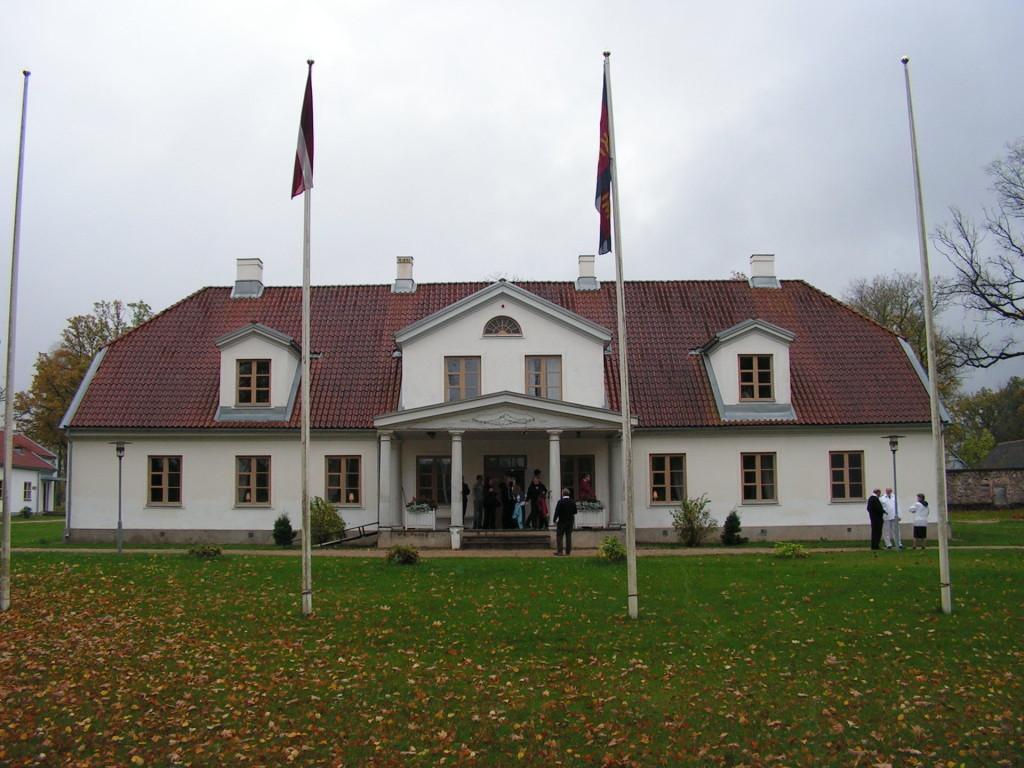 Olof Palmes morföräldrars herrgård Skangal i Lettland