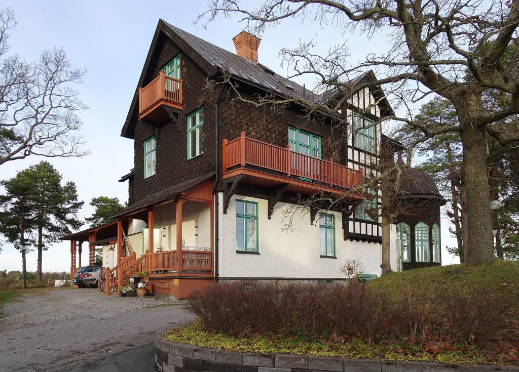 Villa Bikupan i Saltsjöbaden var familjen Ernest Thiels sommarvilla