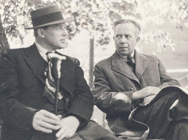 Harry Martinson till vänster om Ivar-Lo Johansson